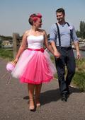 Svatební / společenské šaty, 38