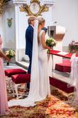 svatební šaty od návrhářky Sandry Švédové, 36