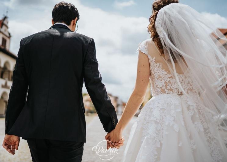Čipkované svadobné šaty s áčkovou sukňou veľ.36-38 - Obrázok č. 3