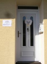 Výzdoba dveří nevěsty