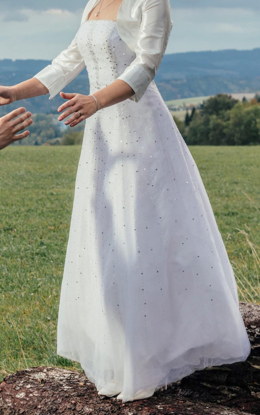 svatební šaty bez ramínek v moderním stylu vel. 36 - Obrázek č. 1