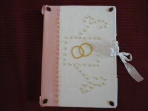 moj vlastnorucne vyrobeny svadobny zapisnik