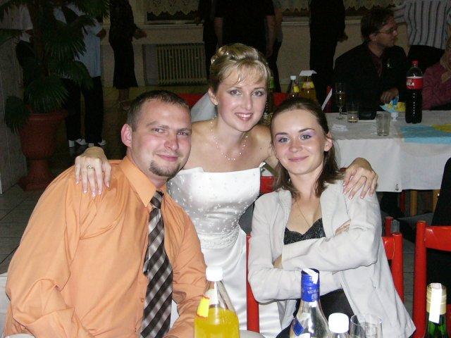 SLÁVKA MÜNNICHOVÁ{{_AND_}}PETER MÜNNICH - s kolegynkou Renátkou