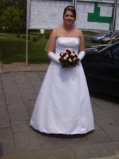 Skvělé šaty. Vypadám o 15 kilo lehčí :)