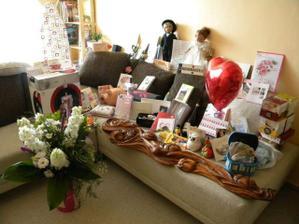 všem děkujeme za krásné a jedinečné dárky a příspěvky na domeček :-)