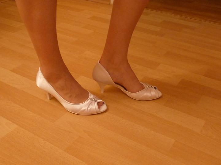 """Inšpirácia na náš deň """"D"""" - konečne som dnes kúpila topanočky, sú fakt úžasné!"""