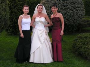 spolu so sestrami