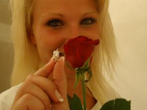 a moja laska ma 15.augusta 2010 poziadala o ruku :)