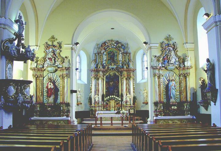 Svadba bude 6.8.2011 - interier kostolika
