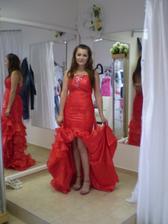taketo šaty zbožnujem :D
