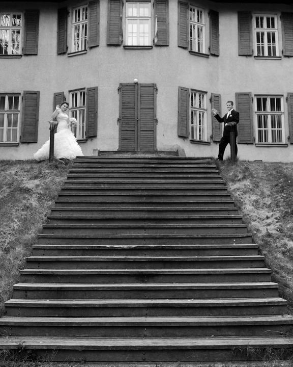Michaela{{_AND_}}Tomáš - nemožem za to ale milujem čierno biele foto :D