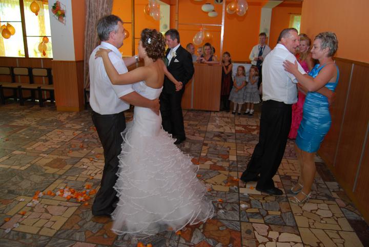 Michaela{{_AND_}}Tomáš - rodičovský tanec