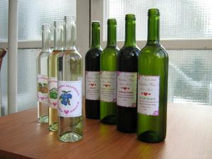 Etikety na svatební víno a slivovici
