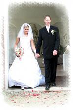 Už šťastní manželé