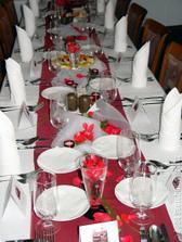 dekorace stolu takto nejak