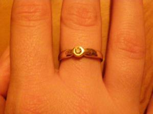 môj krásny snubný prstienok s diamantikom, náš diamant lásky