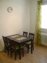 stůl a židle z Jysku