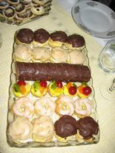 nejake to sladke...moje oblibene, moc mi ve Skotsku chybi=i miss czech sweets a lot here in Scotland