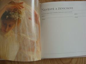 detail svatební knihy