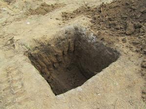 Zaklad pod nosny stlp-130x130cm a hlbka 130cm