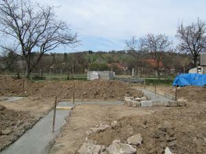 30m3 betonu je uz v zakladoch :)