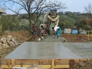 do platne sme dali 21m3 betonu B20