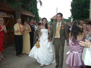 príchod na svadobnú hostinu Ranč u Bobiho