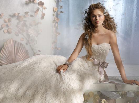 Svadobné šaty - svet 2 - Tara Keely