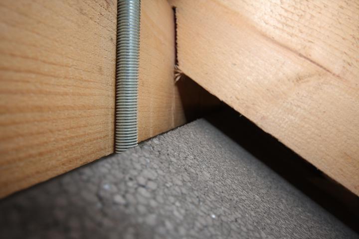 Toto je vonkajsia izolacia 40cm, ukoncenie pod strechou..