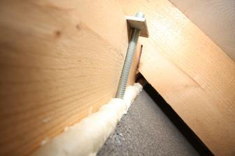 Toto je vonkajsia izolacia 40cm, ukoncenie pod strechou.. Purpenovanie medzery..