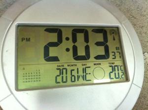 Dlho som nic nedal, tak aspon Teplota v Pasivnom-Nulovom dome bez klimatizacie, bez zaluzii. Prirodzeny zdravy v lete nazyvany ,drahocenny chladok,  ... vonku su teploty cez +32C