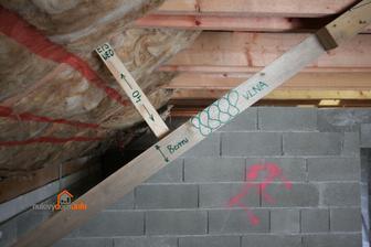 Sablona. Zateplenie podkrovia. Celkova izolacia strechy 18 + 40 + 8