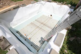Pasivny bazen v terase: 4500x2400x1700hlbka ;-)