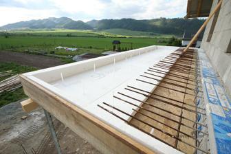 Ako ma vyzerat, alebo ako sa spravne robi balkon (este armatura) s prerusenim tepelneho mostu medzi domom a platnou... Medzi domom a pripravovanou platnou je 12cm neoporovy polysytren... Na dome mam 2 balkony a splnim pasivnu normu 15kW/rok 1m2...