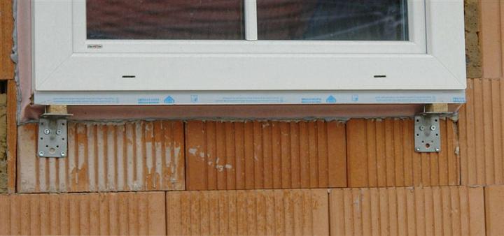 Toto nie je môj dom... Inspiracie pred stavbou zo zapadu, ako by sa to malo robit.. - Predsadena montaz okien, tak ako sa odporuca osadzat...