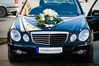 svadobné auto - ženích