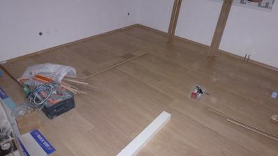 20. den podlaha dole obývák+chodba