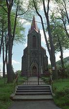 katolický kostel v Komorní Lhotce - zde bude obřad