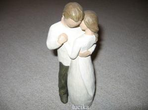 Slibuji - dodržím svůj slib lásky - tak se jmenuje tato soška, jeden z mnoha svat. darů