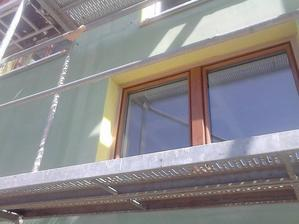 zlutozelena :-) bohuzel barvy klamou :-)