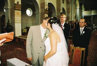 Prvá novomanželská pusinka