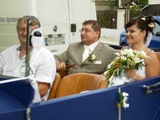 Maťka{{_AND_}}Vladko - Príchod na svadobnú hostinu a zábavu