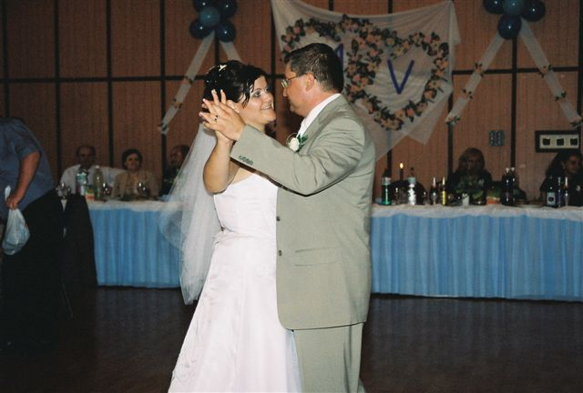Maťka{{_AND_}}Vladko - Prvý novomanželský tanec
