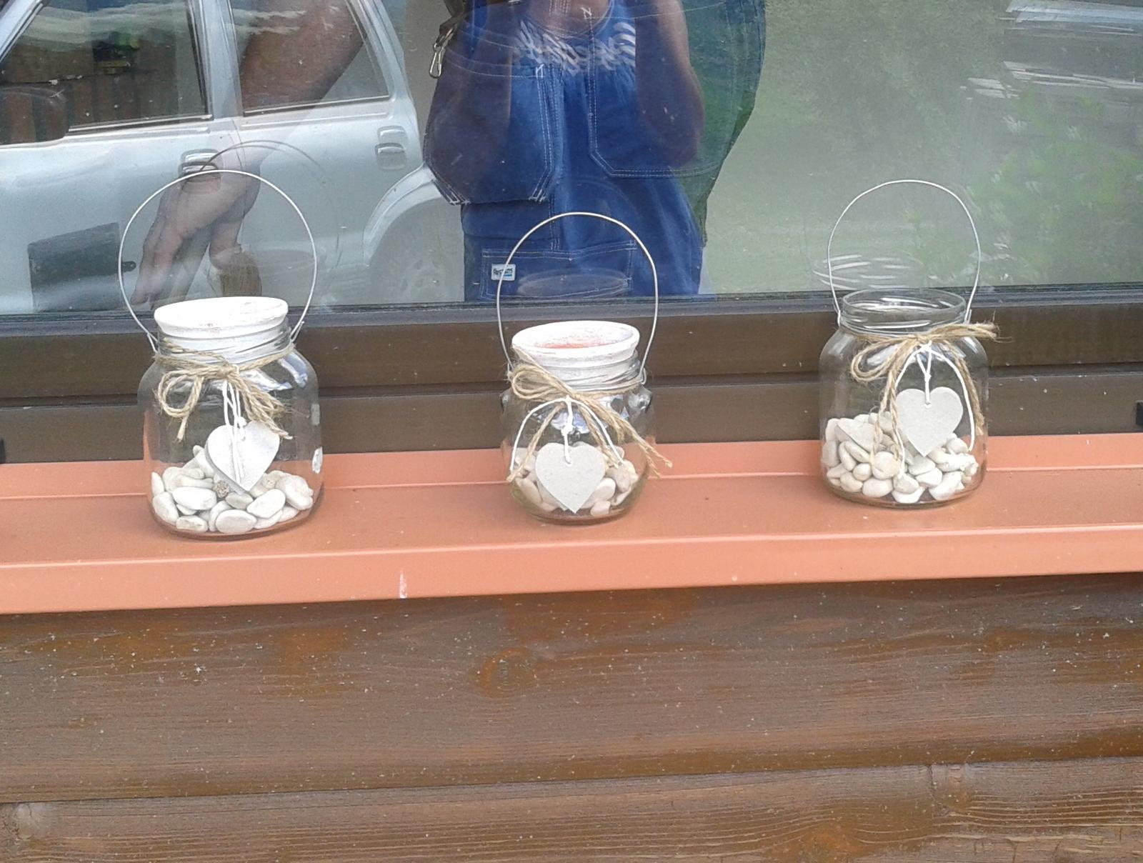 Kutil es er oo... alebo žena pre všetkoo... :-D - hand made svietniky, konečne využité kamienky z dovolenky... :-)
