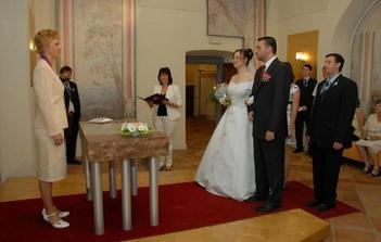 ...představení novomanželů...