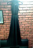 Exkluzívne dlhé čierne šaty, 38