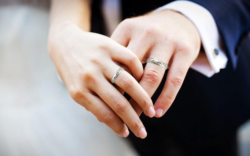 Strieborné pieskované svadobné obrúčky 5 mm - Obrázok č. 4