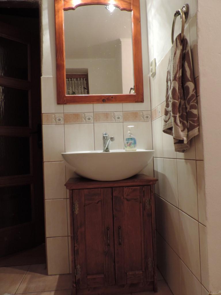 """Drevené """"vecičky"""" z dielničky - zrkadlo + skrinka pod umývadlo"""