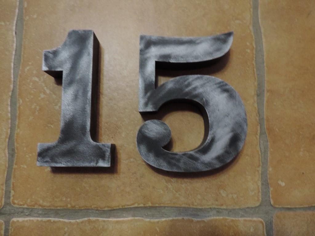 Čísla na dom - so striebornou patinou