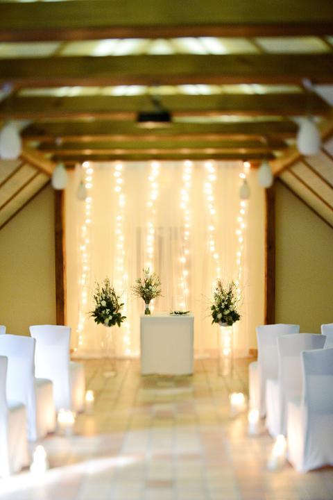 Zimni Svatba V Hotelu Vsetice Zavesna Prostorova Dekorace